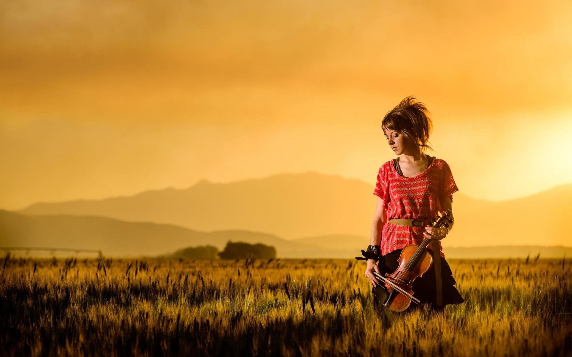 The Dubstep Violinist: Lindsey Stirling
